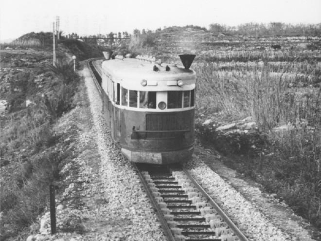 533 - tn_lb-beruit-tripoli-railcar.jpg